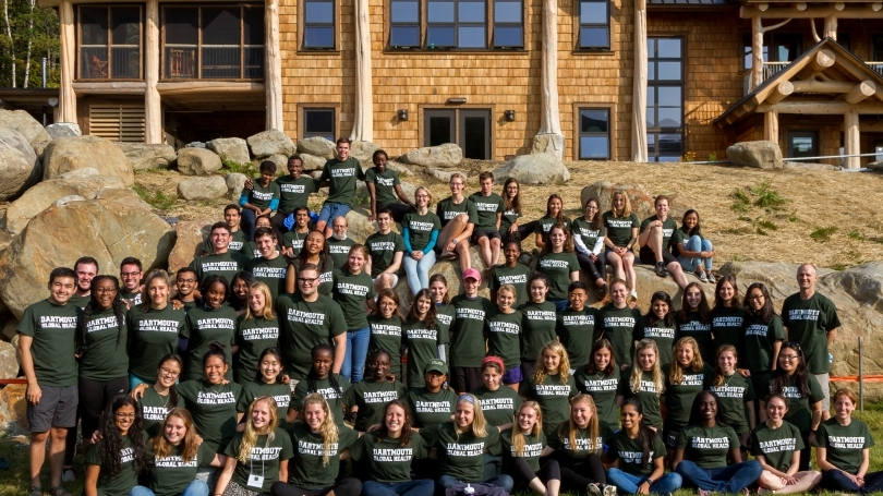 The 2015 Global Health Fellows pose at the Moosilauke Lodge.